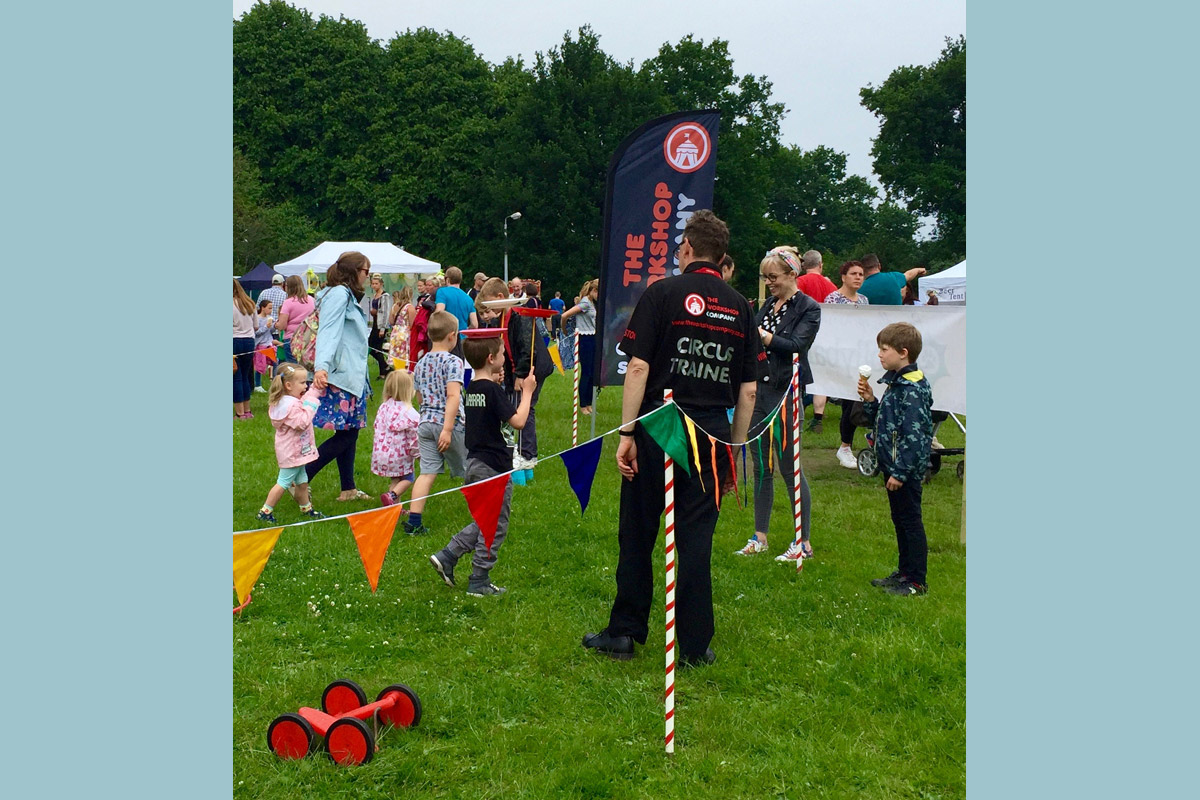 Fetes, fairs and festivals circus skills workshop